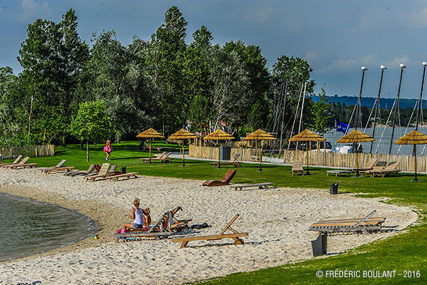 Extension of the sandy beach at L'atol's beach