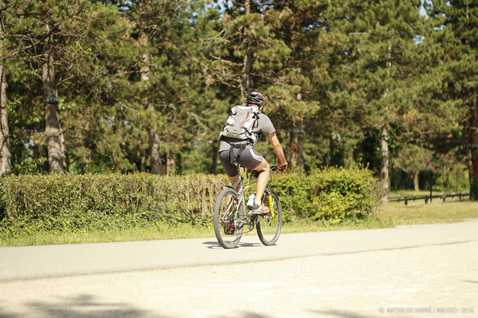 Mountain bike, bike, bicycle paths